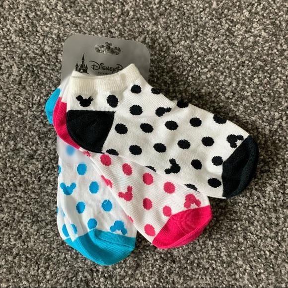 Disneyland Mickey Mouse ankle socks 3 pack